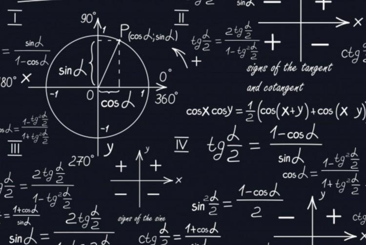 Matematikaórát tart a miskolci polgármester a végzősöknek