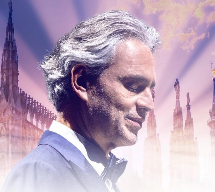 Csúcs a YouTube-on: Andrea Bocelli az üres milánói téren