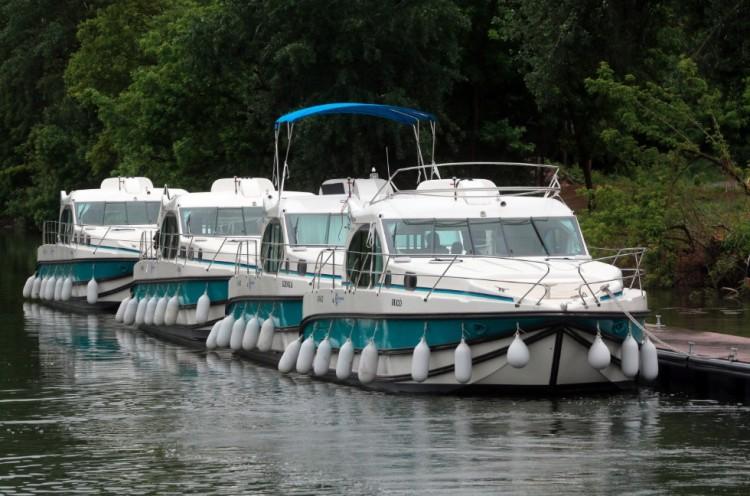 Indulhat a nyaralóhajózás a Tiszán!