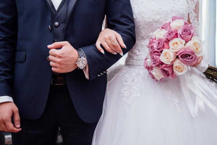 Korlátozzák a meghívottak számát a miskolci házasságkötő teremben