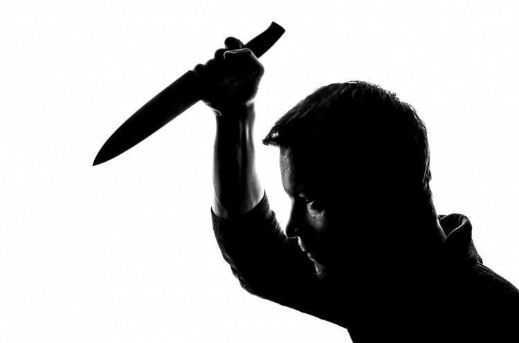 Késsel akart elégtételt venni a borsodi férfi