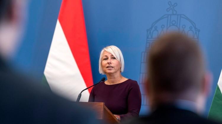 Csöbör Katalin férje már nem ad tanácsot Miskolcon