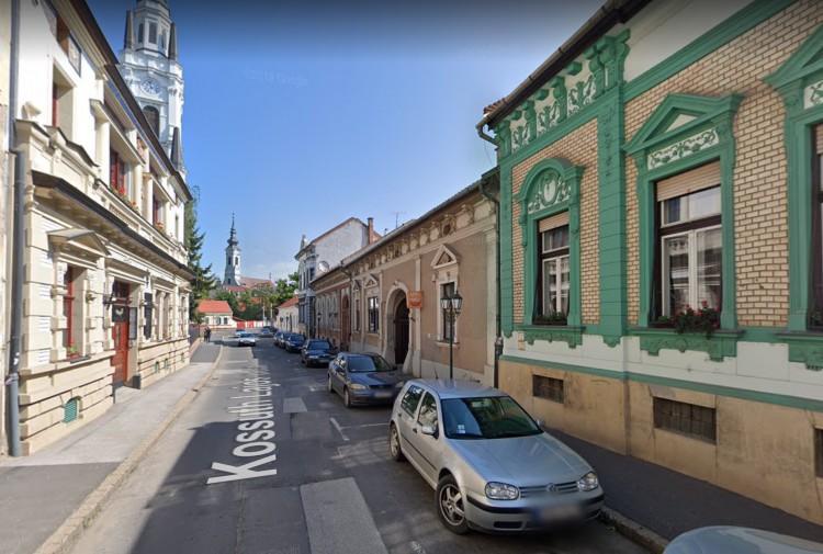 Több mint 70 millió forintból újítják a miskolci Kossuth utcát