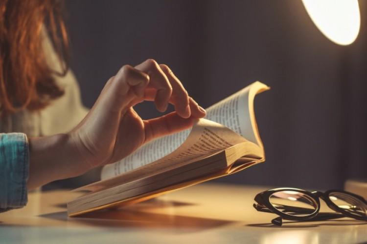 Riasztóan csökken a rendszeresen olvasók aránya