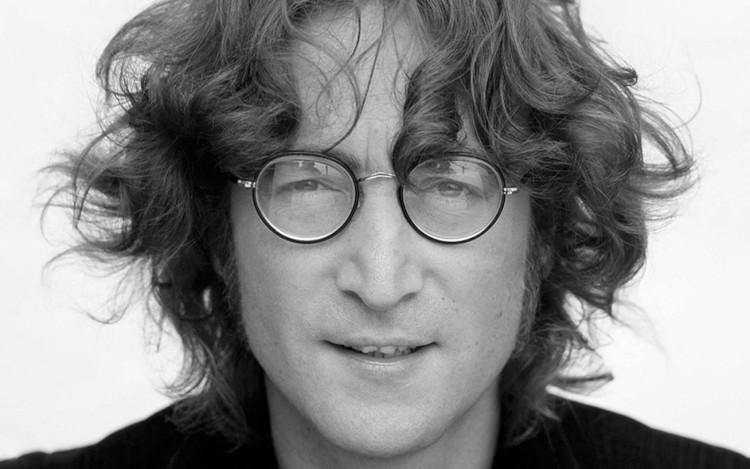 Bocsánatot kért Yoko Onótól Lennon gyilkosa. 40 év után!