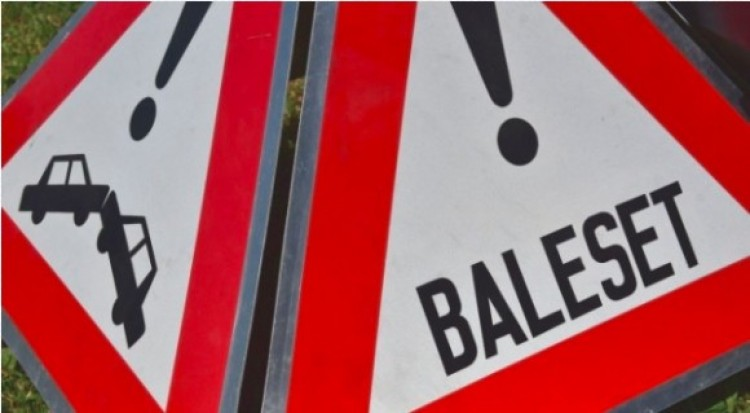 Baleset Múcsonyban: Kazincbarcikáról érkezett a segítség
