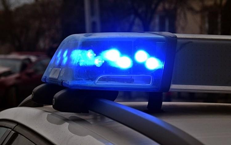 Mentőt is hívtak a 3-as főúton történt balesethez