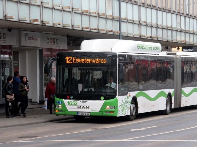 Változáson esik át sok miskolci buszmegálló