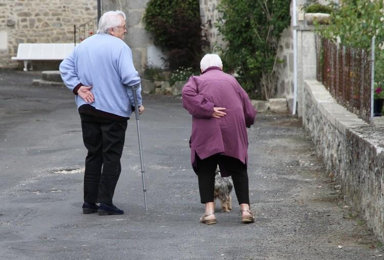 A lengyeleknél már a 14. havi nyugdíj van napirenden