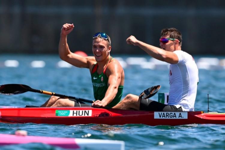 Dupla magyar siker kajak egyes 1000 méteren! Kopasz olimpiai bajnok!