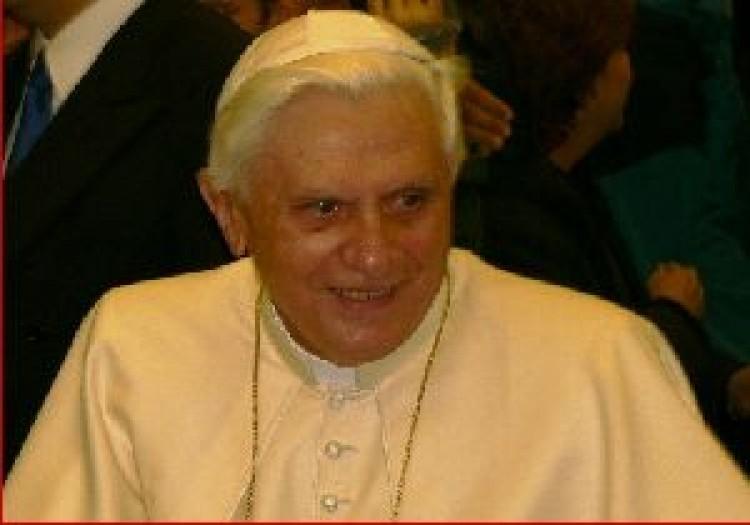 Pápai gratuláció, elnöki hívás