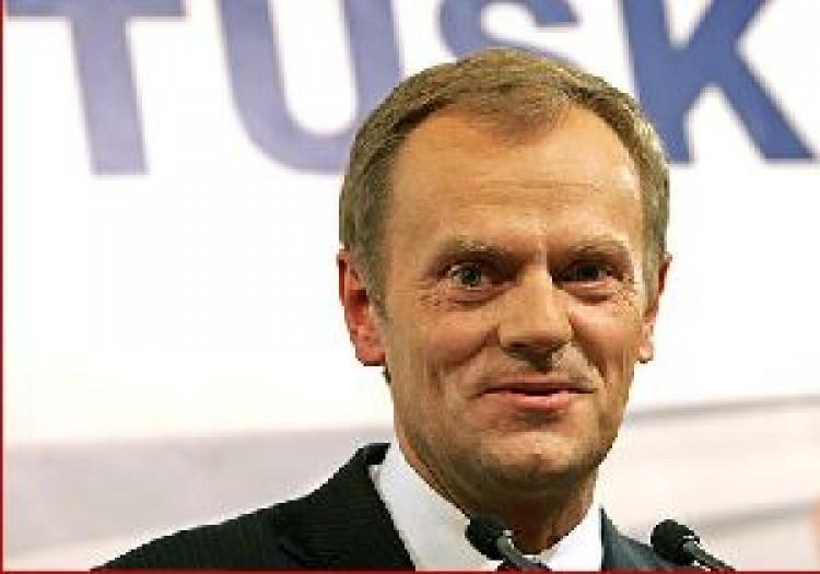 Elfoglalták a lengyel kormányfő helyét