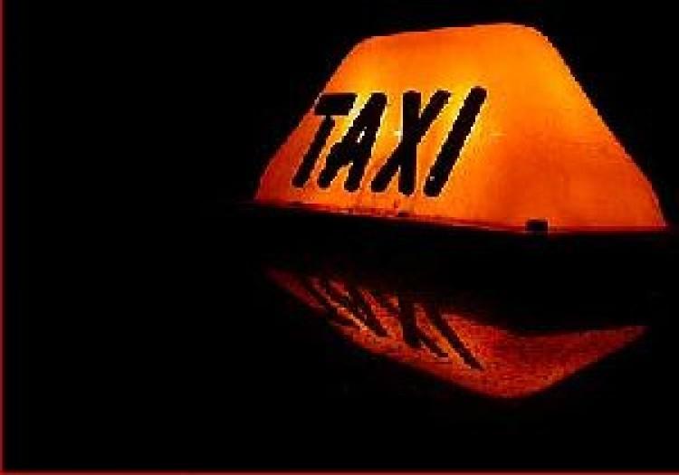 Taxit küldött a 32 millióért