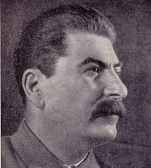 Sztálin és tojástartó Pesten