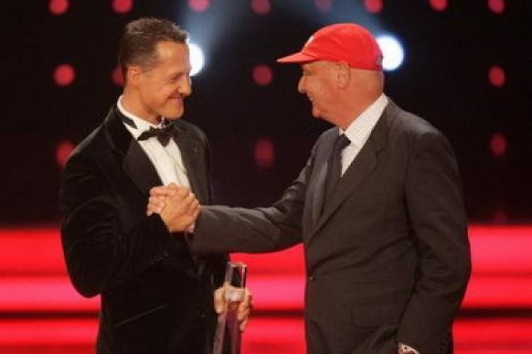 Schumacher a Mercedesszel tárgyalt