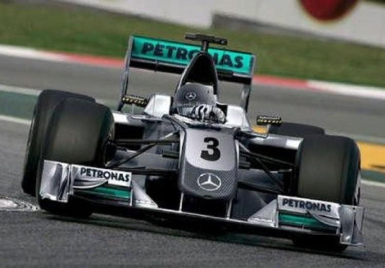 Schumacher a hármast akarta, és megkapta!