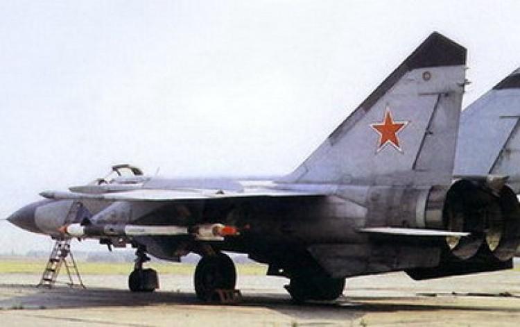 Szovjet harci repülőgépek Debrecenben?