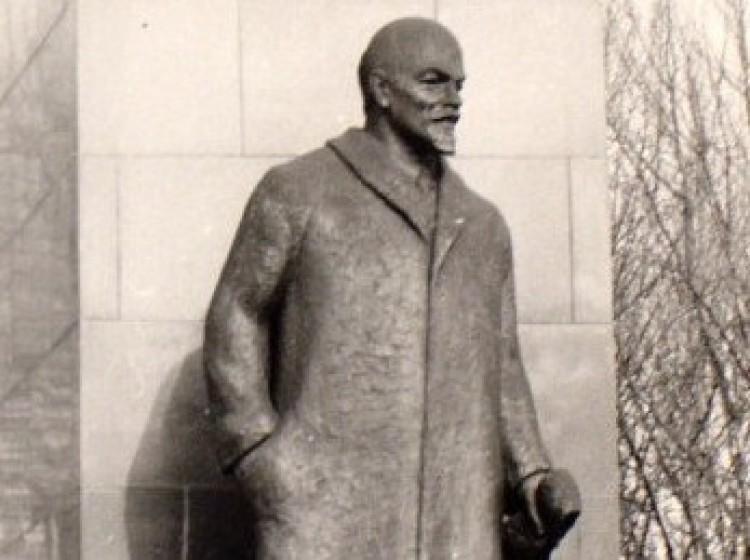 Húsz éve nincs Lenin-szobor Debrecenben