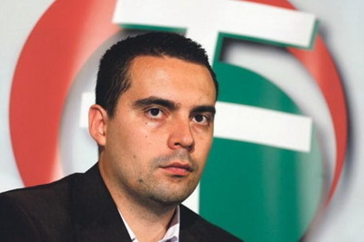 Vona: a Fidesz veszélyezteti a győzelmünket