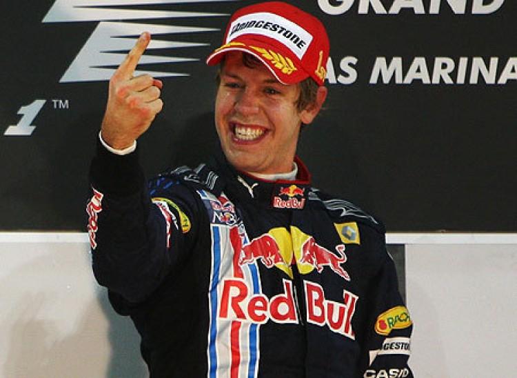 Sebastian Vettel nyerte a Maláj Nagydíjat