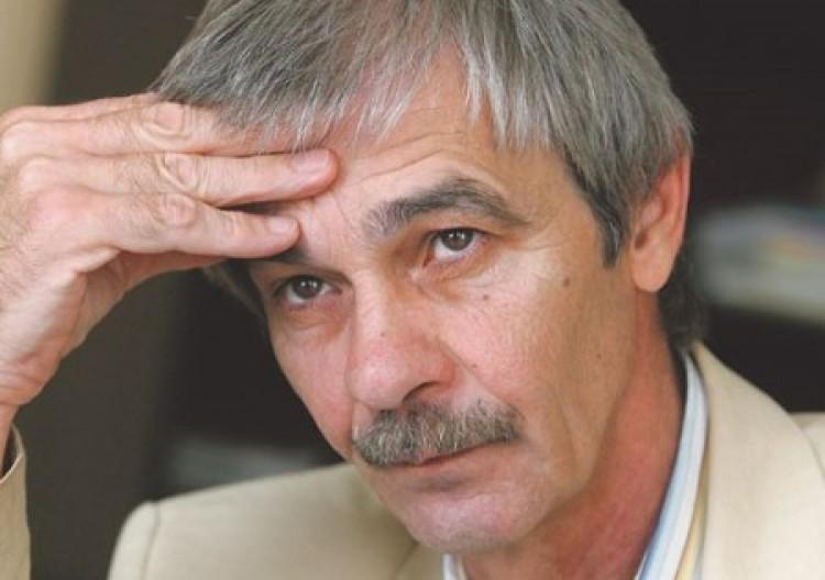 Molnár Oszkártól félti a Parlamentet a főrabbi