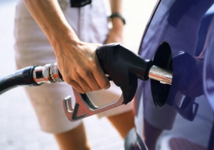 A benzin ára, avagy miért néznek minket hülyének?