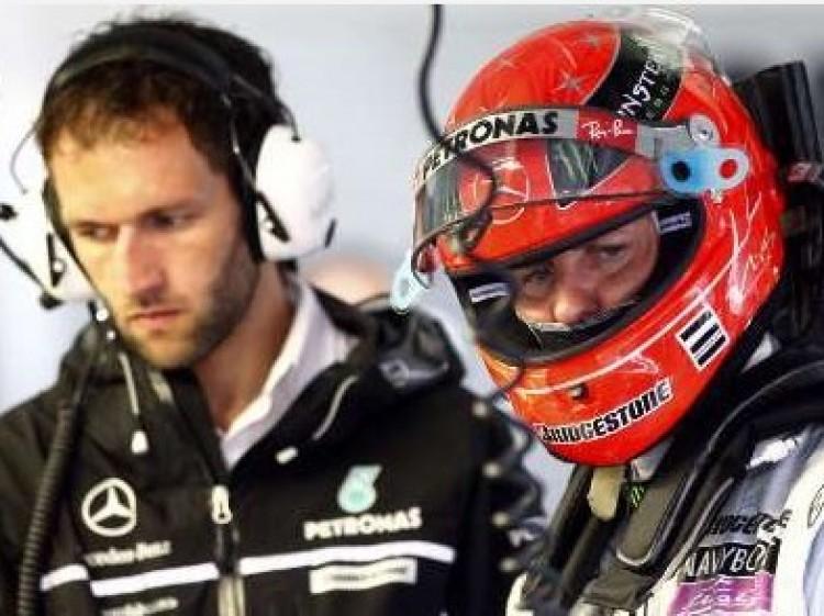 Schumacher otthon égett