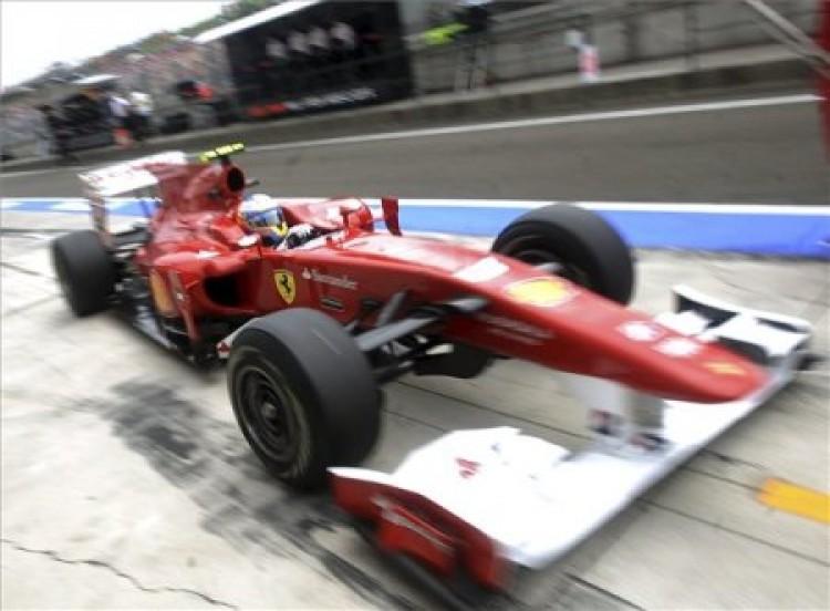 Magyar Nagydíj: Alonso gyorsan hajtott