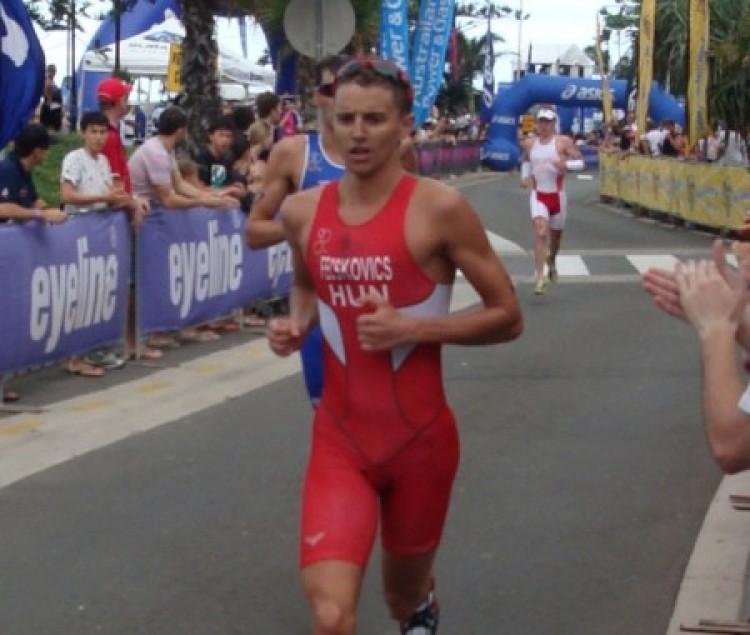 Bravúros teljesítmény a debreceni triatlonostól!