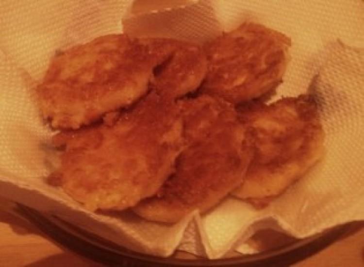 Receptmustra a Cívishírrel: rántott sajt – okosan