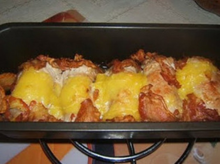 Receptmustra a Cívishírrel: savanyú hústekercs