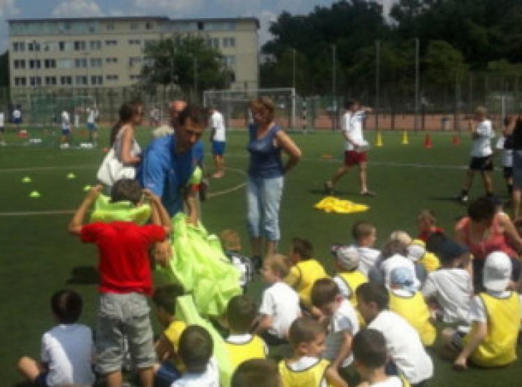 Sportcsarnokot építtet az egyetem a Dóczy utcán