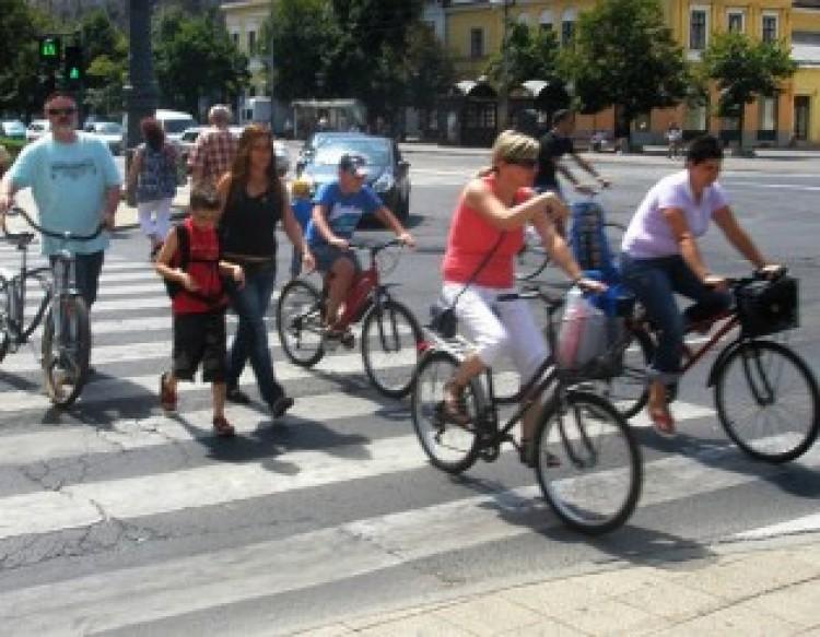 Debreceni evolúció, avagy így közlekedünk mi