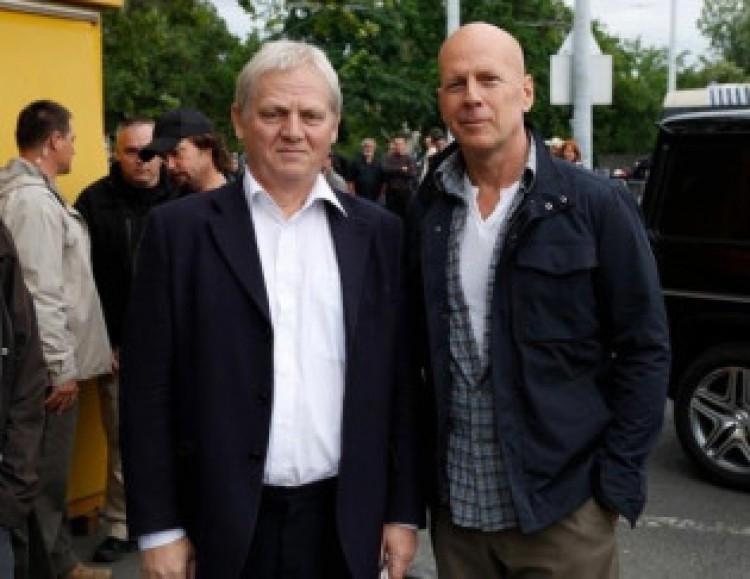Tarlós Pista és Bruce Willis