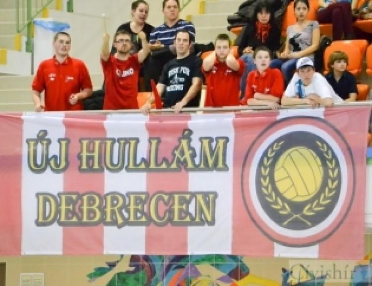 Debrecen nemzetközi vizekre evez