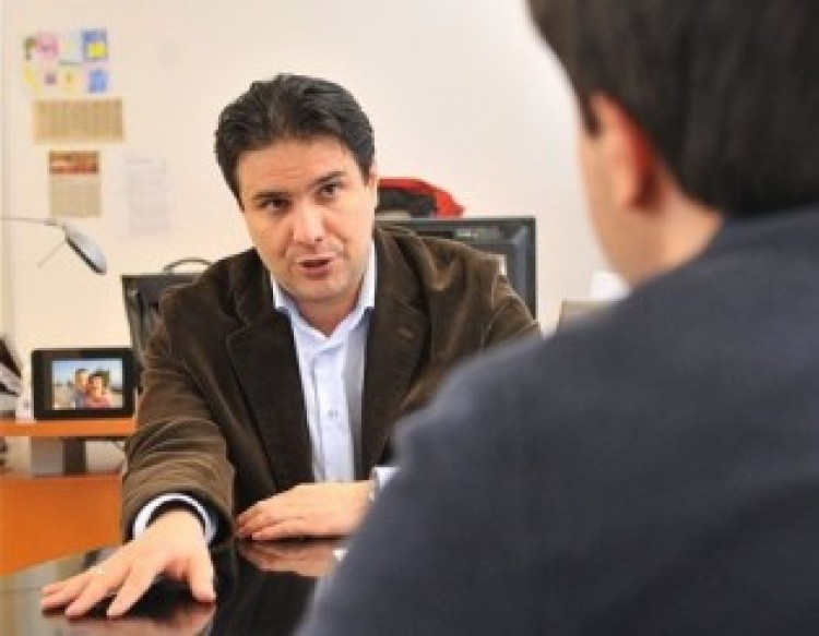 Ezt is megértük: az MSZP elnöke bocsánatot kért a magyaroktól!