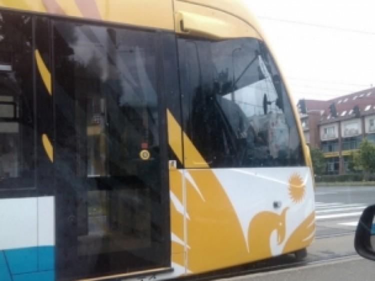 Ismét ütközött egy villamos Debrecenben