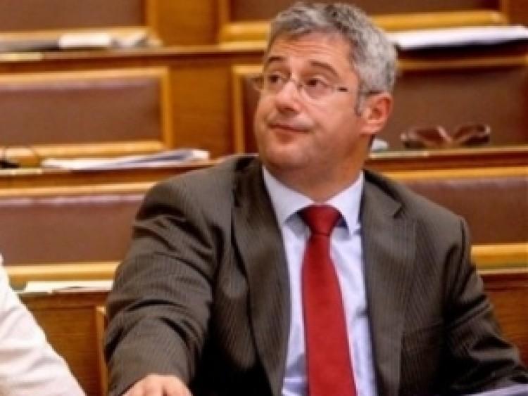 Nyakó István, a Jobbik és a Wiesenthal-központ betiltása