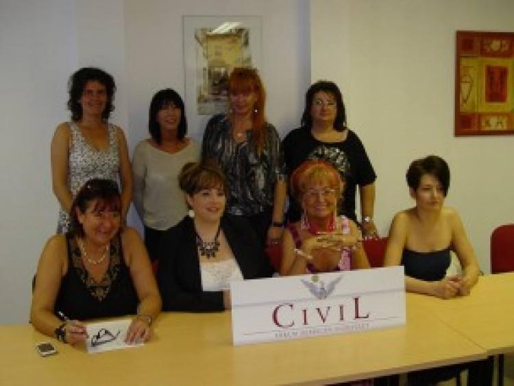 Hölgyekkel színesedhet a debreceni közélet