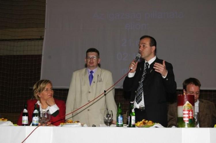 Revízió alá vonná a Jobbik a trianoni békeszerződéseket