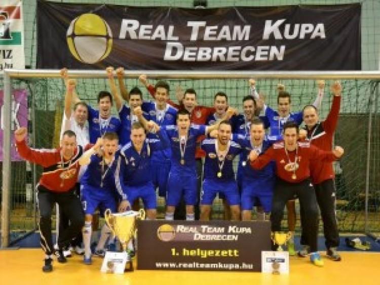 A legjobb helyre került a XIV. Real Team kupa