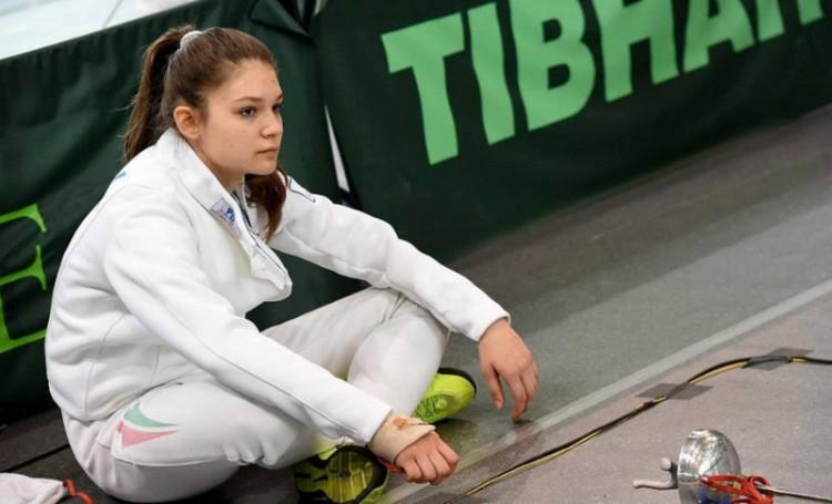 Debreceni lány keleti kalandja