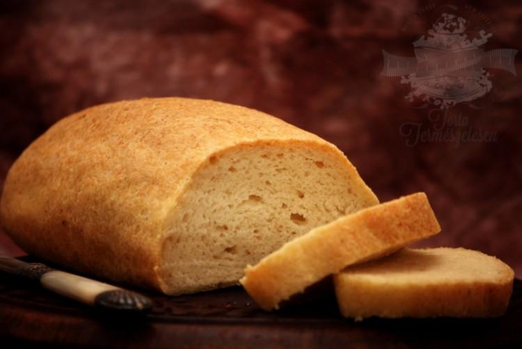 Ide süss! Gluténmentes kenyér