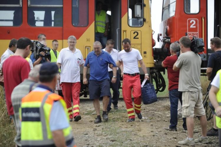 Két vonat ment egymásnak Nógrád megyében