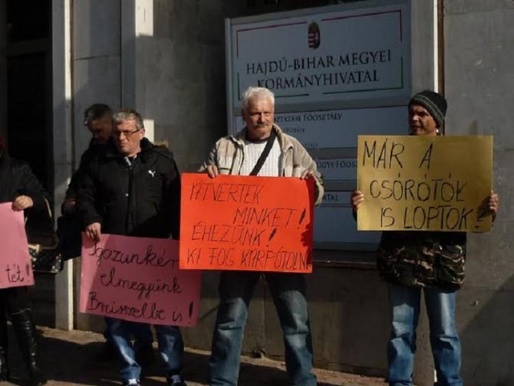 Többezer munkavállaló nevében szólaltak fel Debrecenben