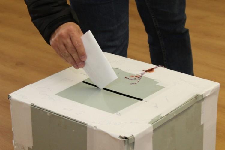 A Jobbik nem nyugszik bele abba, hogy a jelöltje 127 vokssal kapott ki