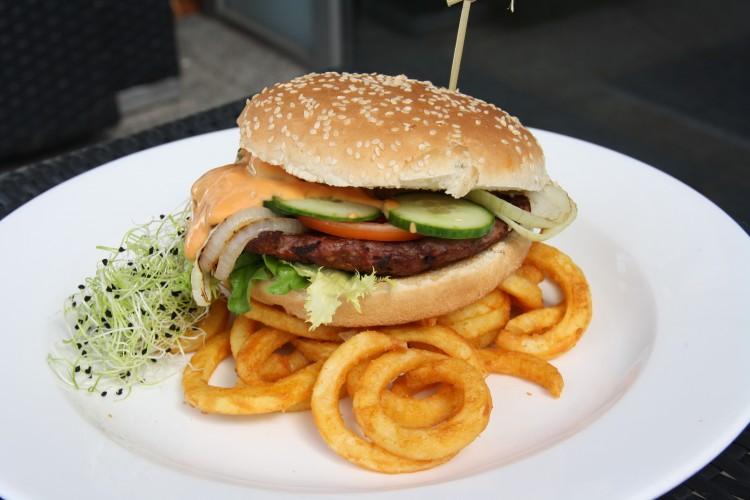 Pénteki ajánlat: Pireus burger