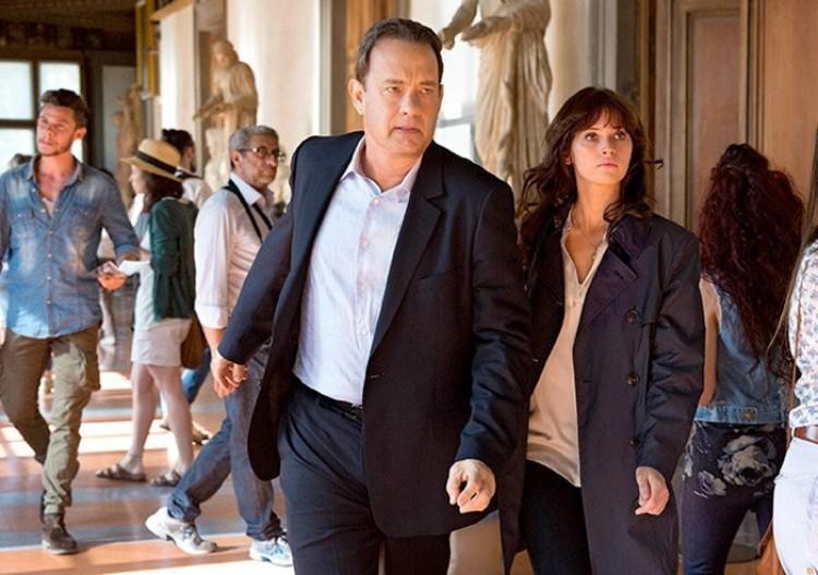 Tom Hanks megint Langdon professzor bőrébe bújik