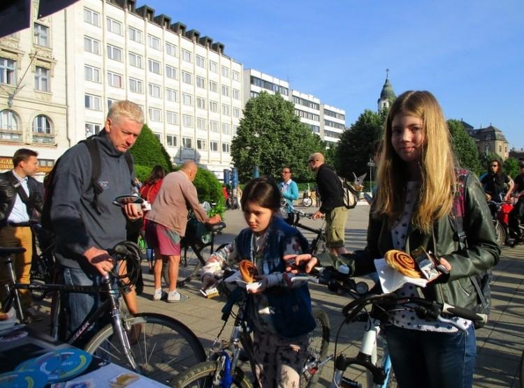Ez Debrecen! Mindenkit ellátnak finomságokkal a Kossuth téren