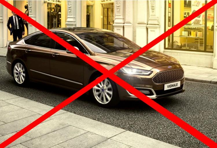 Fordulat: mégsem kap luxusautót a debreceni hivatalvezető